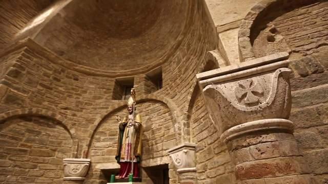 Interno della chiesa di San Paolino, Falerone (foto di Ginaluca Moscoloni