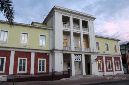 Facciata del Museo del Mare